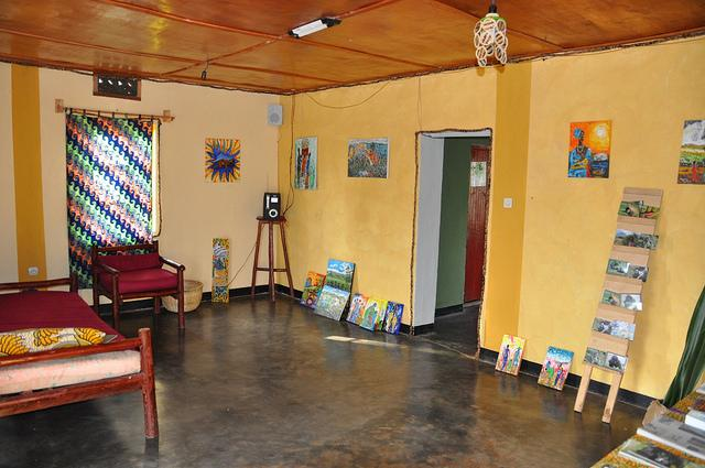 red rocks rwanda hostel review
