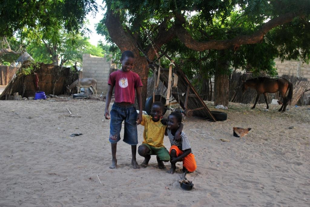 Stay with locals budegt tips africa