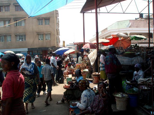 what to do in arusha market