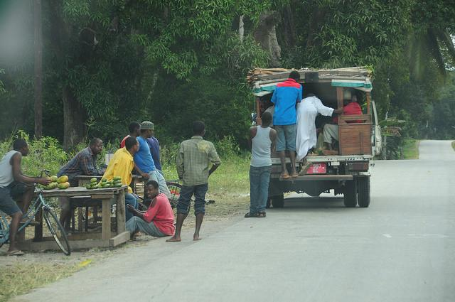 backpackers guide to zanzibar cheap local transport from stone town