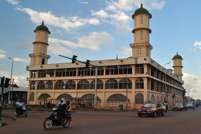 things to do in Tamale Ghana see mosque