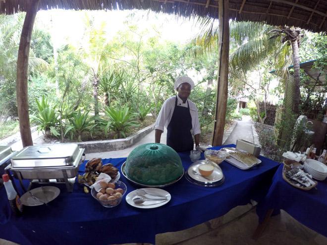 dining-ndame-beach-lodge-zanzibar