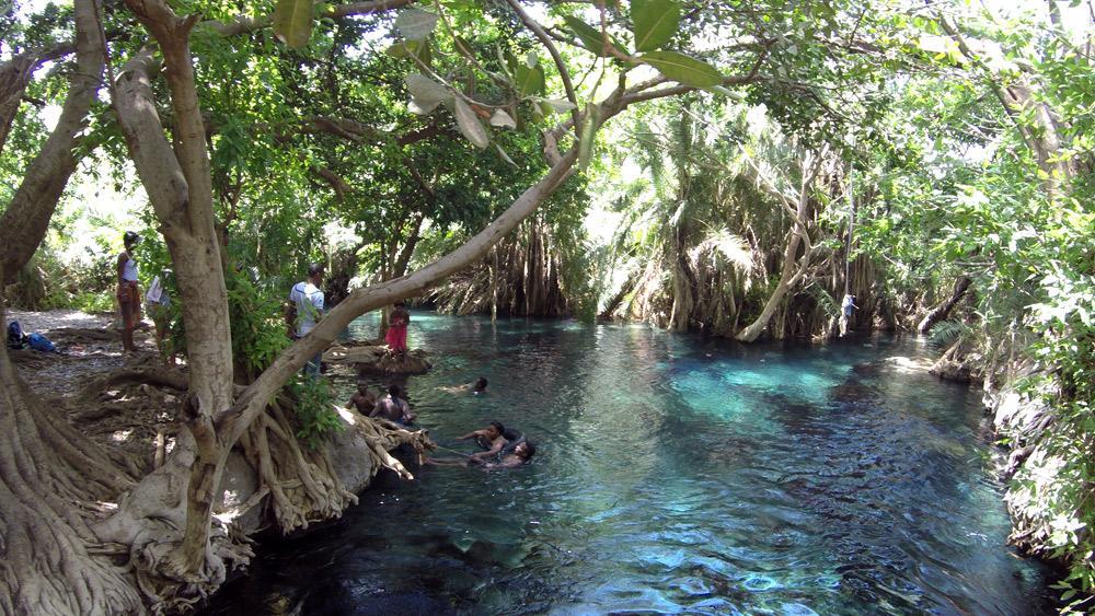 kikuletwa-hot-springs-tanzania-chemka