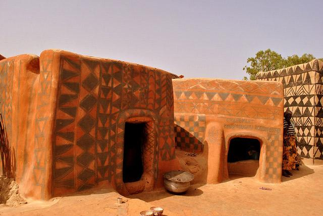 must-see-in-burkina-faso-tiebele-painted-houses-village
