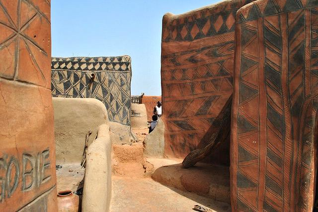 tiebele-village-mud-painted-houses-burkina-faso