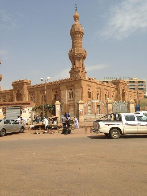 24 hours in Khartoum guide Mesjid al-Kabir mosque