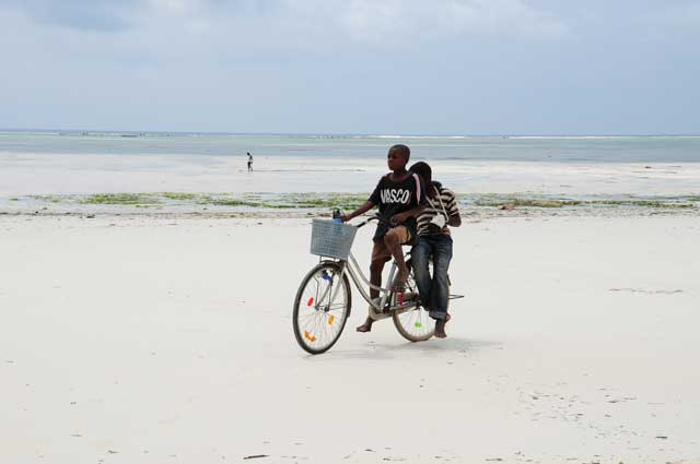 ultimate guide to Zanzibar beaches Kiwengwa