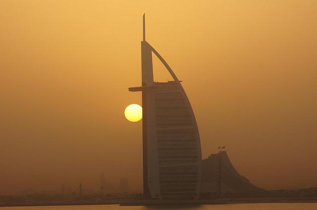 Dubai airport layover things to do