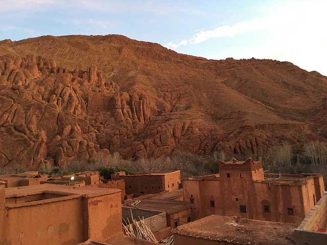 Couchsurfing Africa - Rural Morocco-Baumalne dades