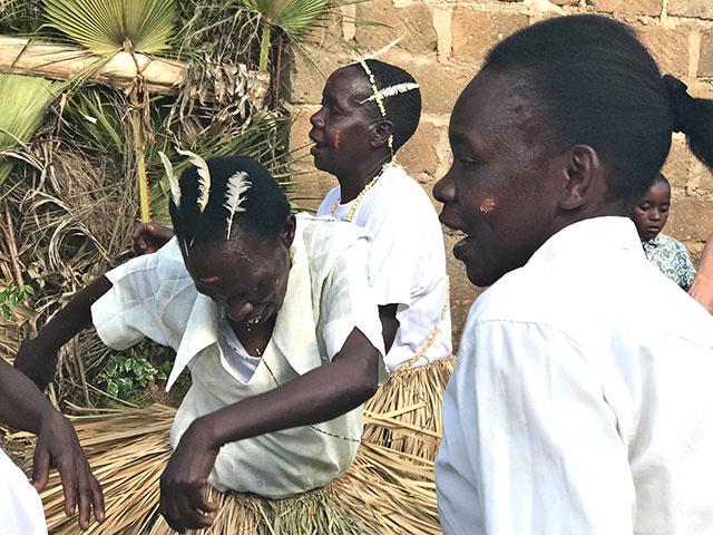 Women's-Journey-to-Kenya
